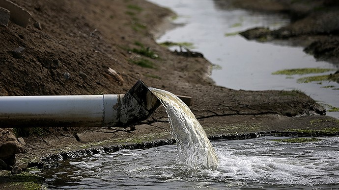 Il reato di scarico delle acque reflue